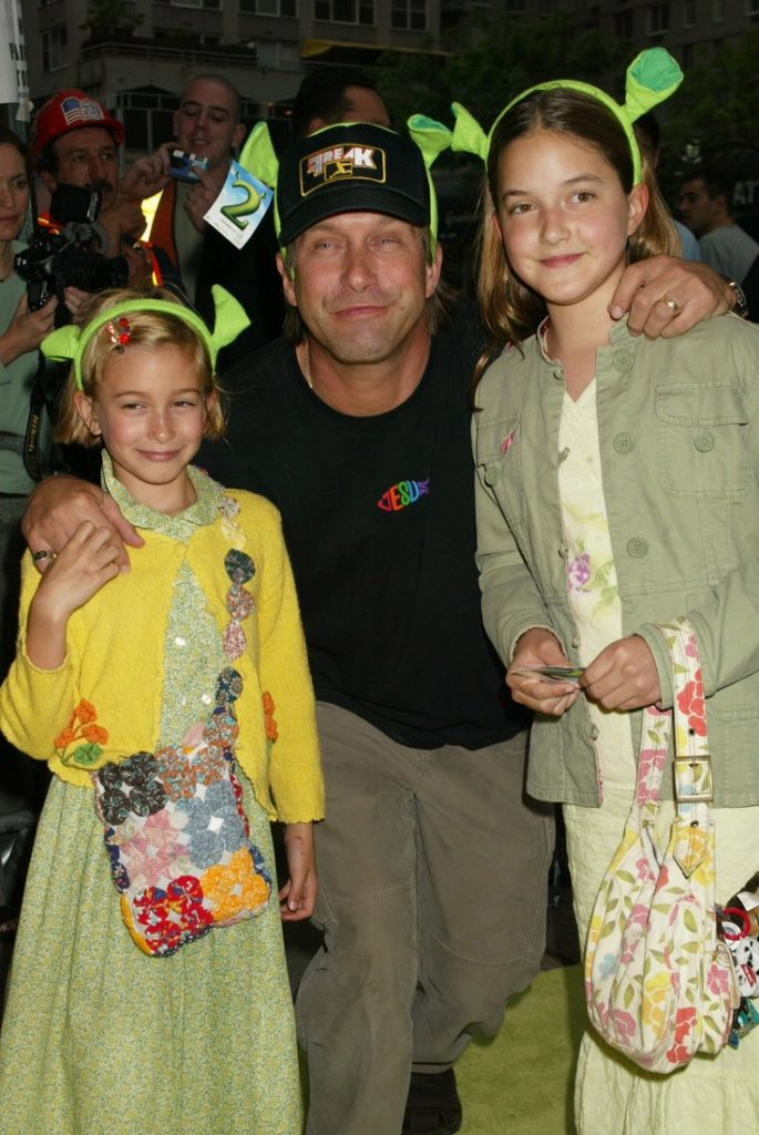 2004_Hailey Baldwin 7 years old with her dad at Shrek 2 special screening in NYC