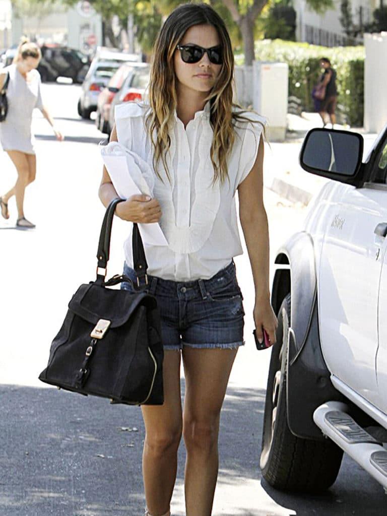 Rachel Bilson in shorts (2)