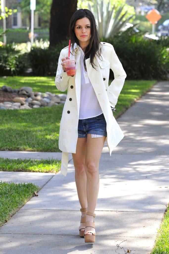 Rachel Bilson in shorts (6)