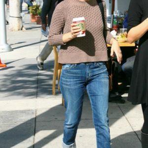 Rachel Bilson jeans (12)