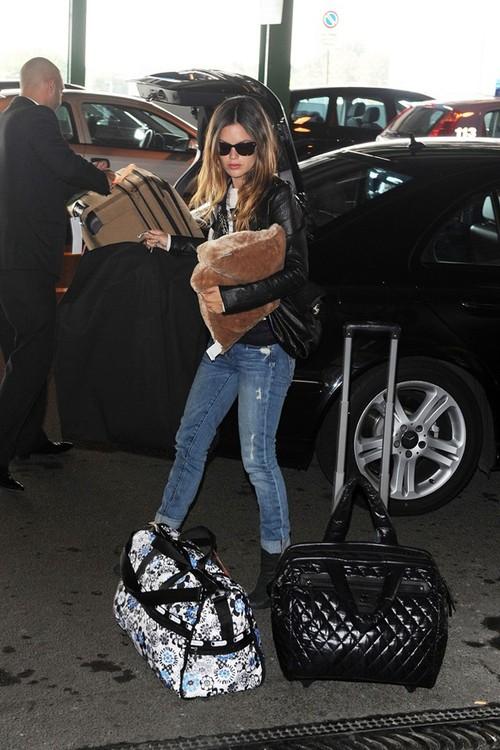 Rachel Bilson airport style 2