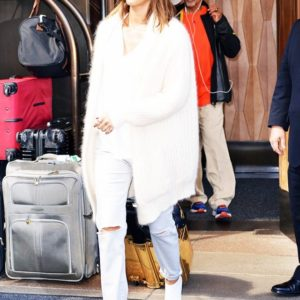 white booties celebrities like (5)