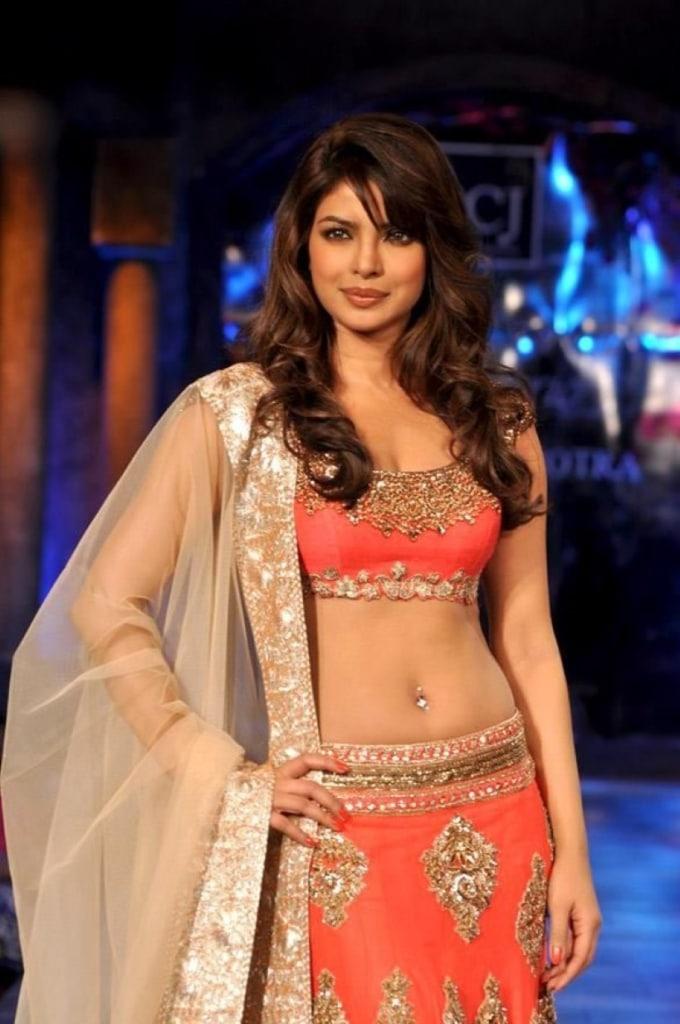 Priyanka Chopra pierced navel