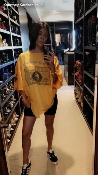 T-shirt on Kourtney Kardashian